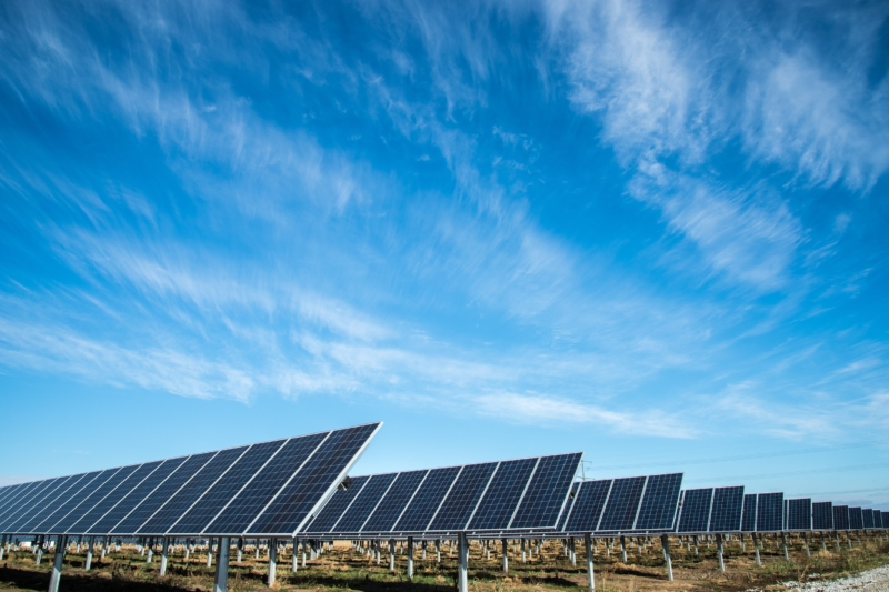 Smart Incentives for Mini-Grids through Retail Tariff and Subsidy Design